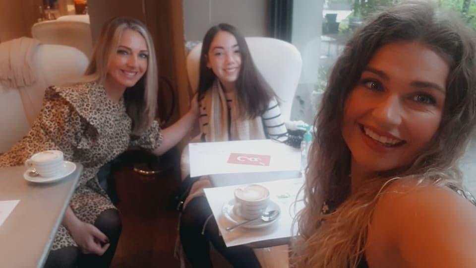 Italian restaurant with friends